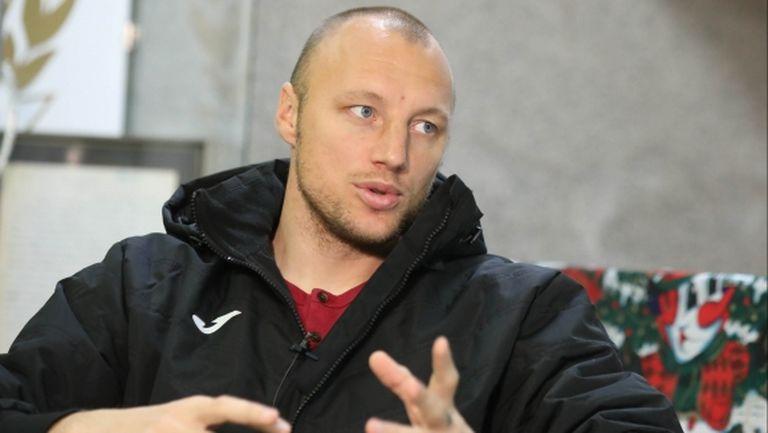 Иван Иванов пред Sportal.bg: Националите не бяха подготвени, Любо Пенев може да управлява (видео)