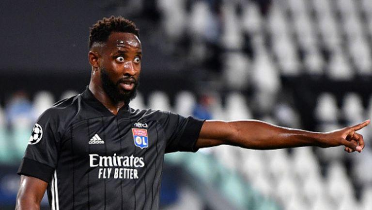 Атлетико Мадрид иска Дембеле от Лион