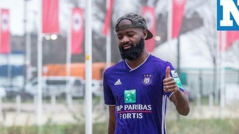 Камерунец сътвори глупостта на сезона в Белгия