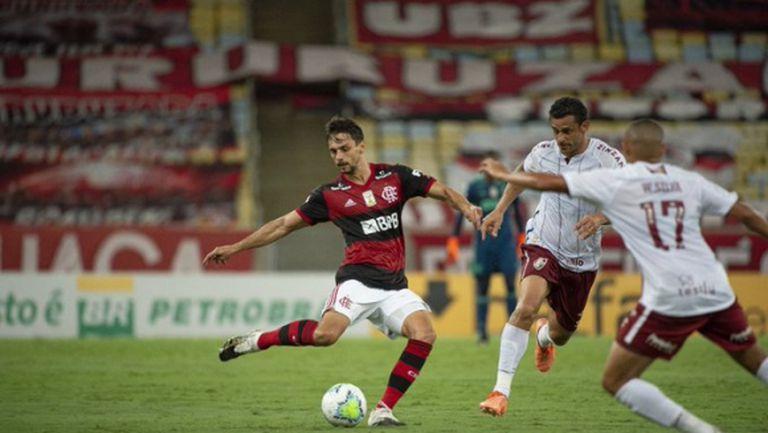 Шампионът Фламенго загуби от Флуминензе в дербито на Рио