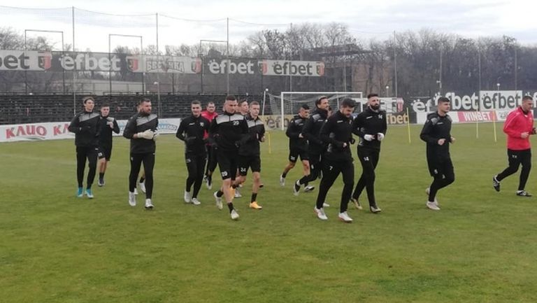 Още трима се присъединиха към Локомотив (Пд), нови обаче няма