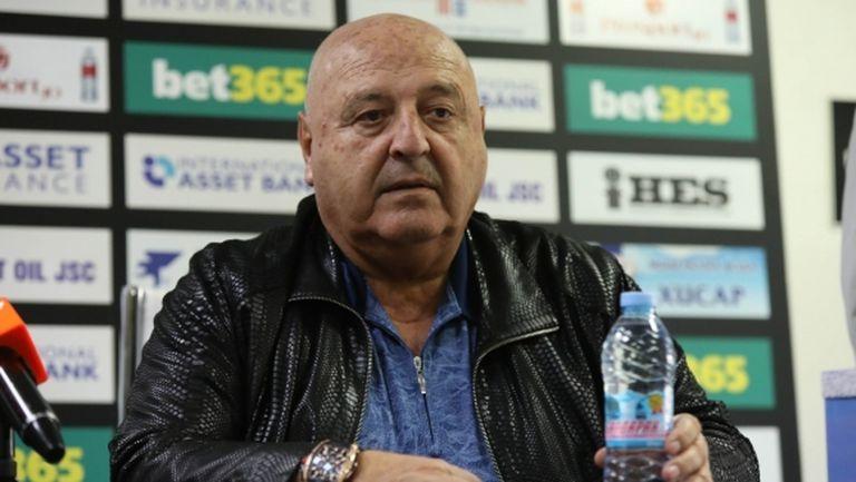 Стефанов: Вярвам, че Ясен Петров ще направи промени, не съм се женил за шефа на съдиите (видео)