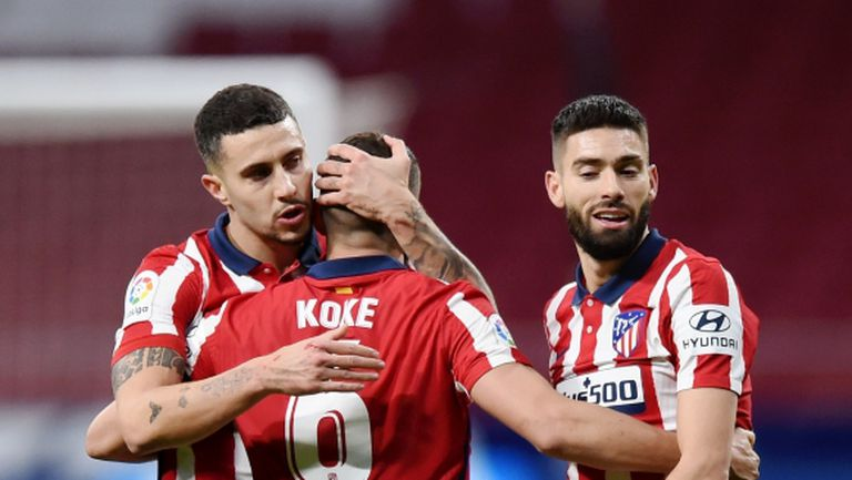 Двама титуляри на Атлетико Мадрид са с коронавирус