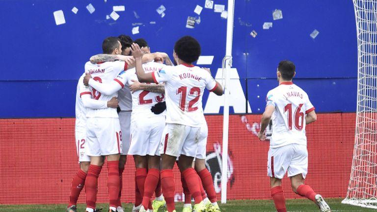 Севиля става все по-опасен след пета поредна победа (видео)