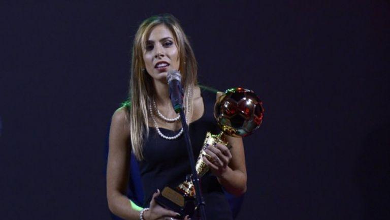 Хакери рекетират най-добрата футболистка на България