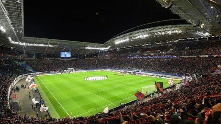 РБ (Лайпциг) поиска разрешение да посрещне Ливърпул на собствения си стадион