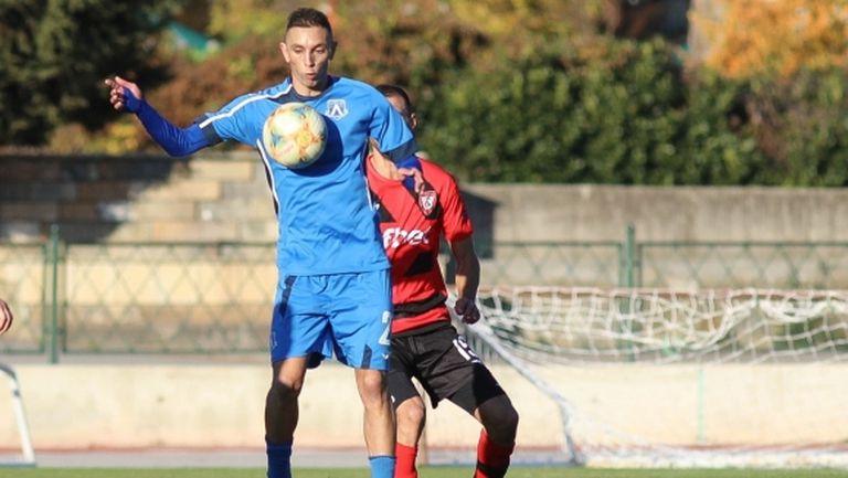 Мариян Огнянов носи нова победа на Левски (Лом)