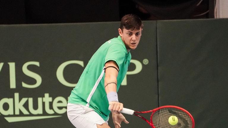 Лазаров отрази мачбол и се класира за полуфиналите на турнир по тенис в Израел