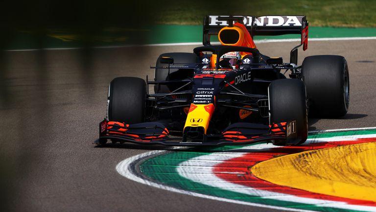Верстапен най-бърз преди квалификацията за Гран При на Емилия-Романя
