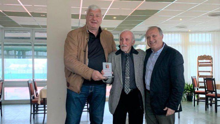 Кметът на Пловдив награди заслужилите членове на тенис клуб Локомотив