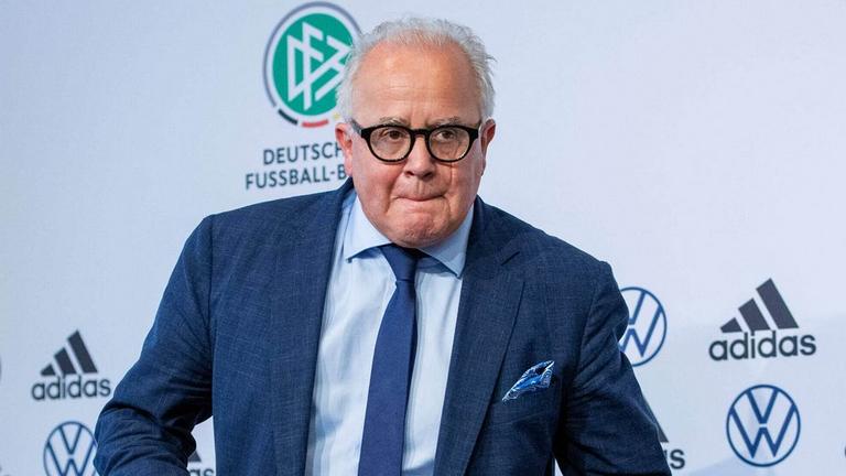 Президентът на германската футболна федерация Фриц Келер подаде оставка заради нацистки коментар