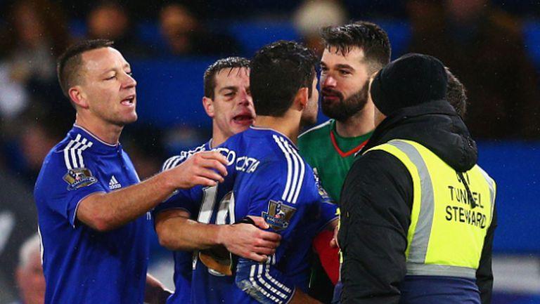 ФА поиска писмени становища от Челси и Уест Бромич заради инцидентите между играчите им