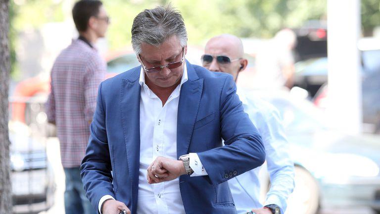 Иван Василев търси футболисти за Локо (София) в Сърбия