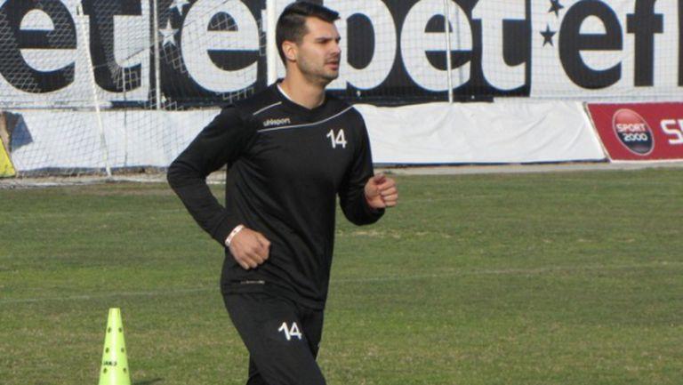 ФК Верея привлече Християн Попов