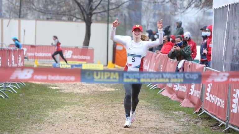 Оспорван финал реши златния медал при жените на СК по модерен петобой в София