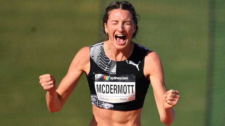 Никола МакДермът стана първата австралийка над 2 метра в скока на височина