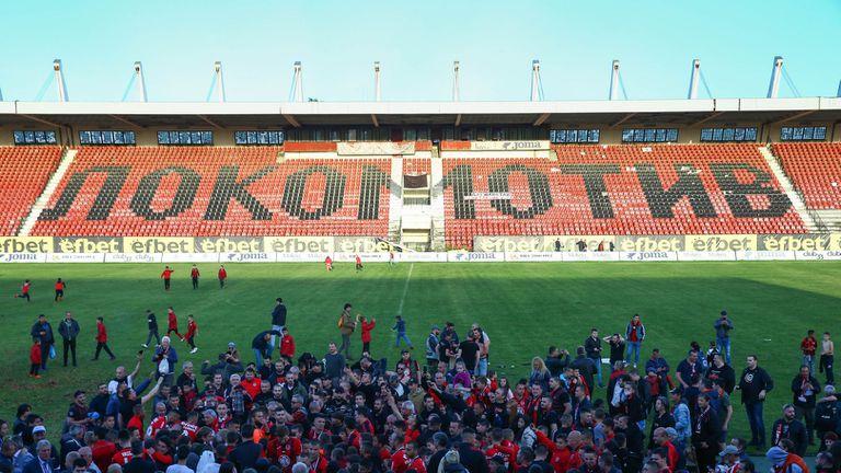 Локо (Сф) чака помощ от държавата за стадиона