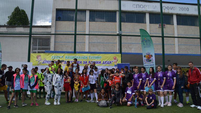 260 участници излъчиха националните шампиони за деца и младежи в риск
