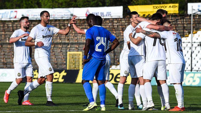 Славия се спаси след 1:1 срещу Ботев във Враца