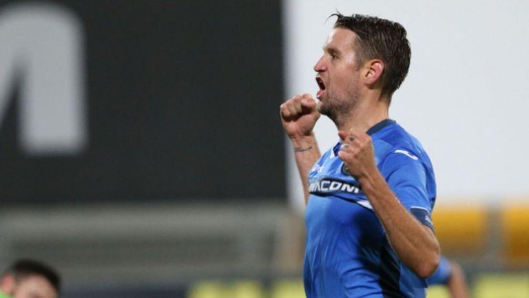 Наказаха футболист на Левски за два мача