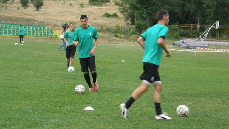 Оборище (Панагюрище) започна подготовка за първия си сезон в професионалния футбол