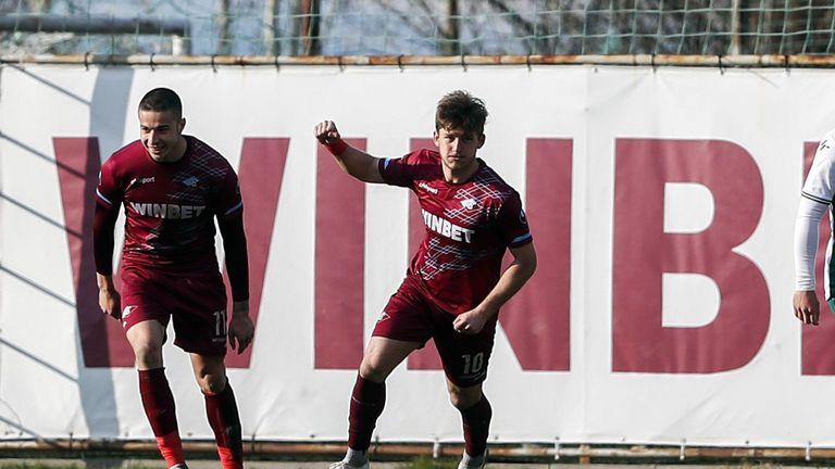 Ранен гол на Атанас Кабов изведе Септември напред срещу Пирин