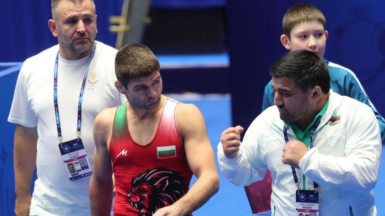 Иво Ангелов срещу шампиона на Румъния на старта на олимпийската квалификация в Будапеща