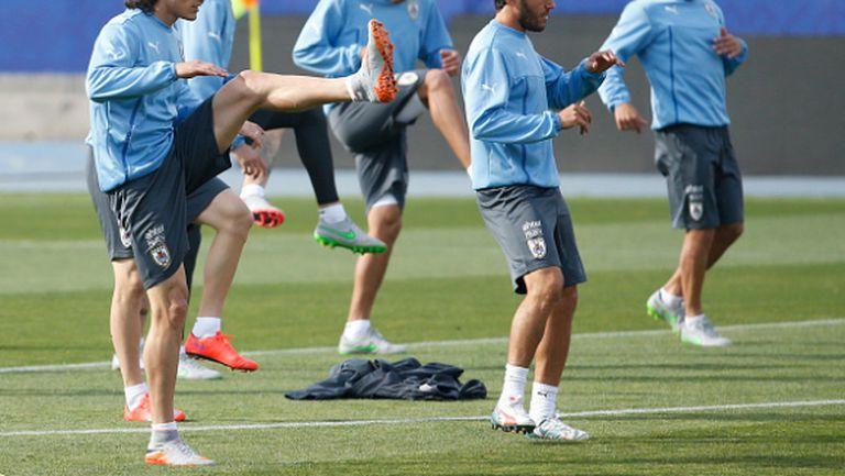 Кавани остава с отбора на Уругвай