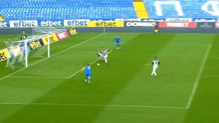 Димитър Илиев направи резултата 2:0 за Локомотив (Пд) срещу Арда