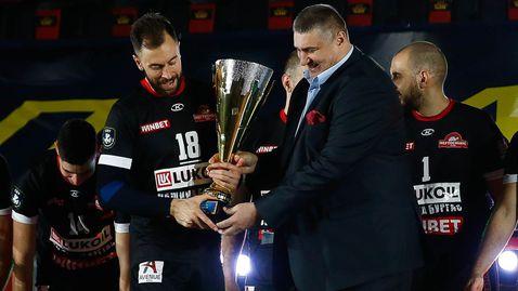 Николай Николов: Денис Карягин е перлата на волейбола ни, напомня ми на Матей Казийски (видео)