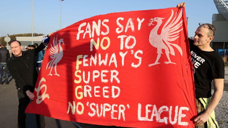 Анкета на BBC разкрива как приемат идеята за Суперлигата футболните фенове в Англия