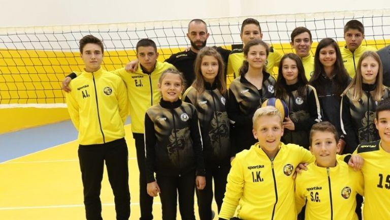 """Отоплена е волейболната зала в комплекс """"Дружба"""" в Перник"""