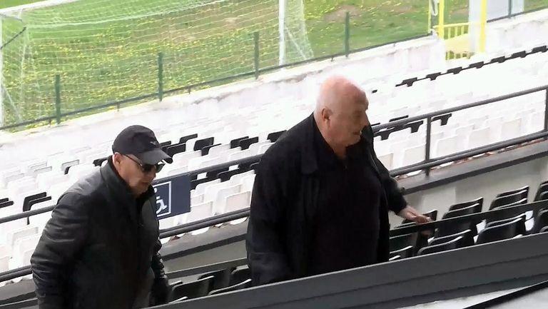 Венци Стефанов е на стадиона за Славия-Ботев Враца