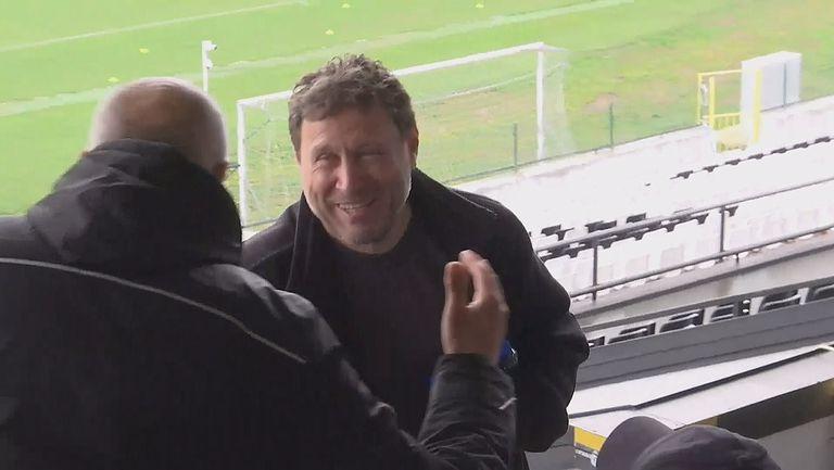 Вили Вуцов наблюдава на живо мача между Славия и Ботев Враца