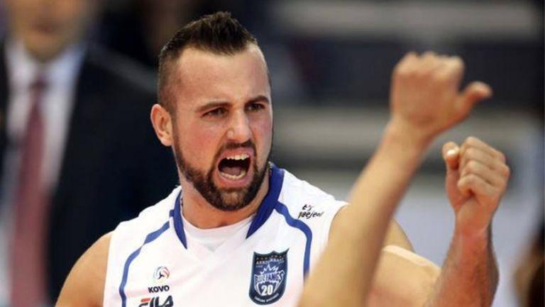Нокаут във волейбола! Гроцер заби 42 точки и препарира съперник в Корея (ВИДЕО)