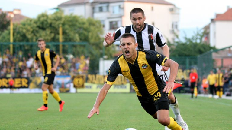 Лазар Марин поднови тренировки в Ботев Пловдив
