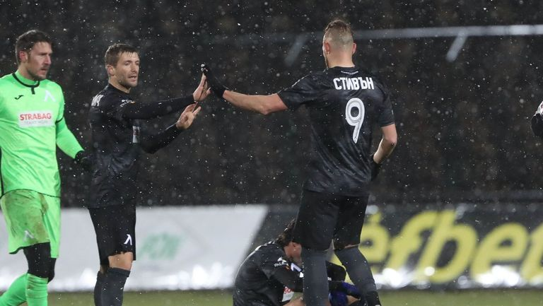 Левски излиза за реванш срещу Славия