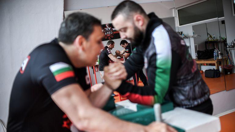 Канадската борба в България с любопитна инициатива за развитието на спорта сред подрастващите