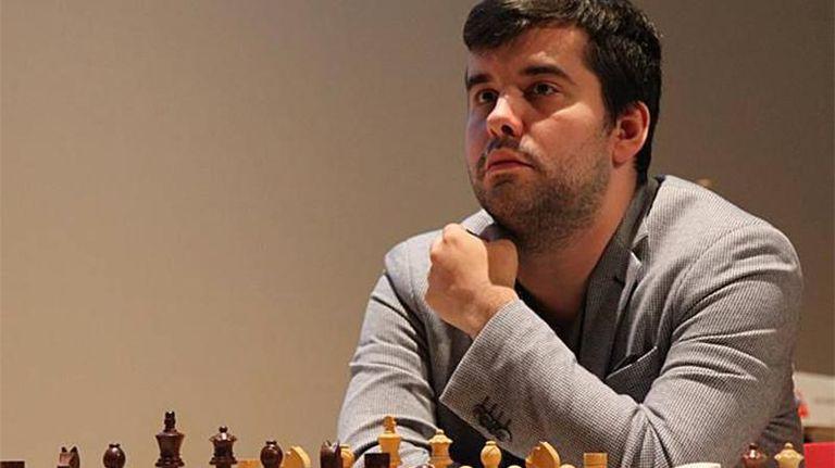 Ян Непомнящи се доближи до успеха в турнира на претендентите по шахмат