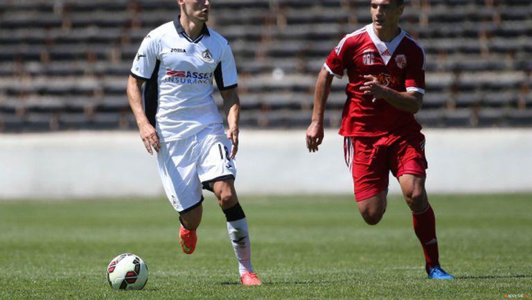Трима футболисти напуснаха отбора на Банско