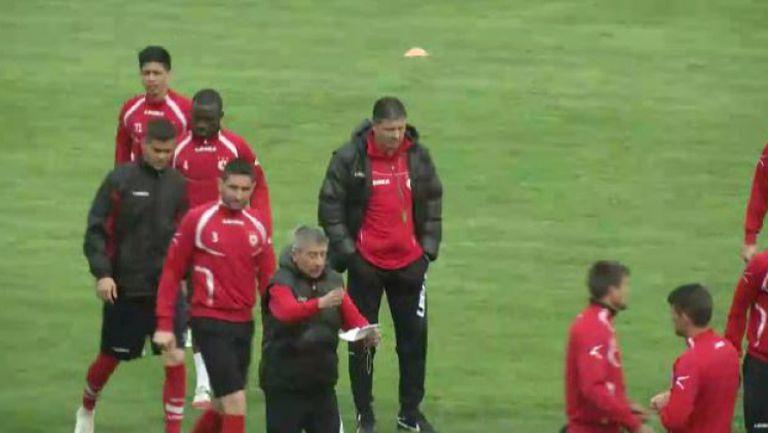 Любо Пенев изведе ЦСКА за първа тренировка под негово ръководство