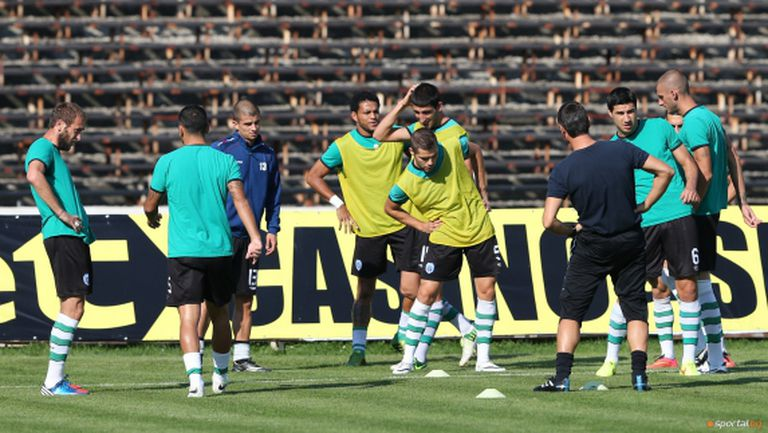 """12 играчи са номинирани за """"Футболист на Варна"""" за 2014 година"""