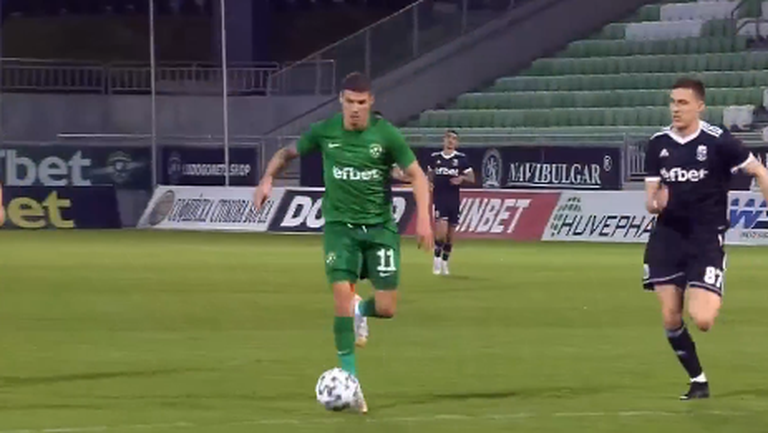 Десподов вкара втория си гол за 4:0