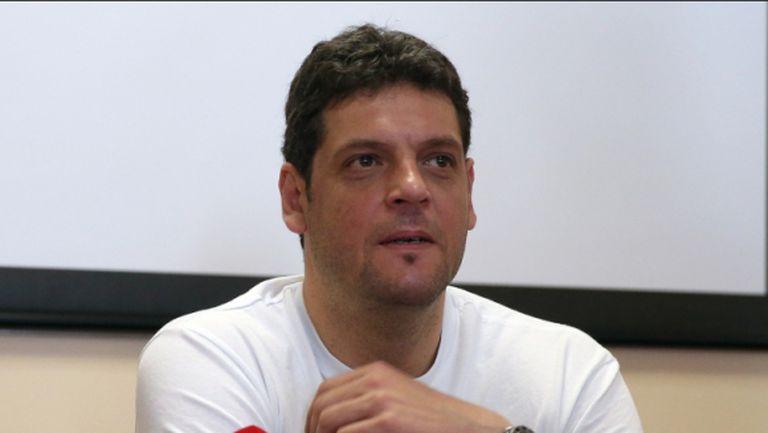 Пламен Константинов: Приоритет е представянето ни в Световната лига и на Евро 2015 (ВИДЕО)