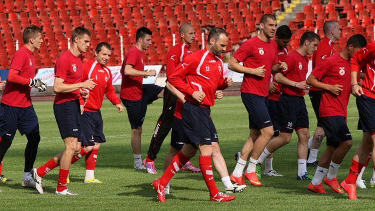 Маркович се завърна в групата на ЦСКА - ето на кои футболисти ще разчита Любо Пенев срещу Лудогорец