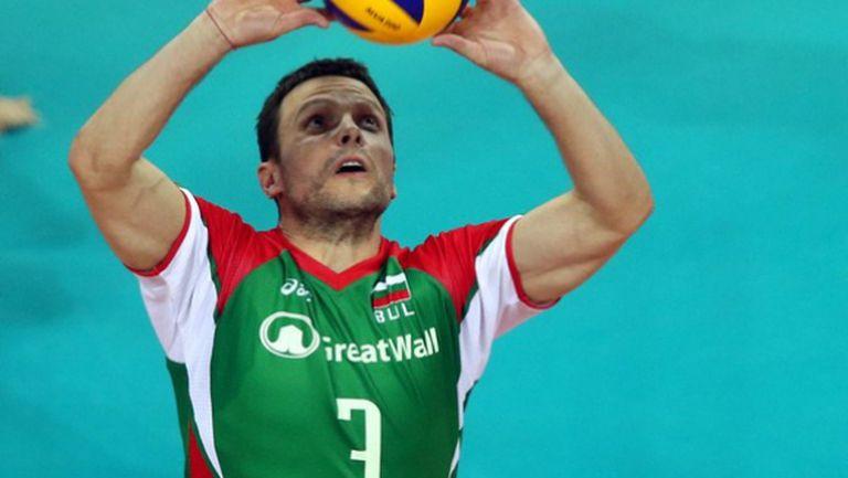 Андрей Жеков пропуска мачовете с Канада