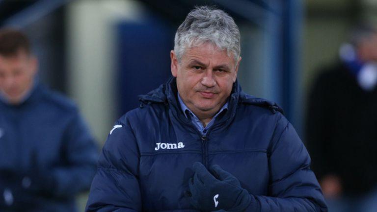 Стойчо Стоев взе двама юноши в първия отбор