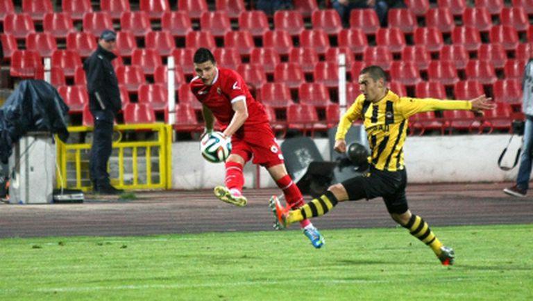 Стойчо Младенов определи групата на ЦСКА за Ботев