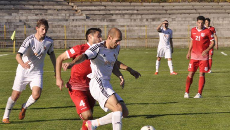 Трима от Банско не тренират преди мача с Хасково