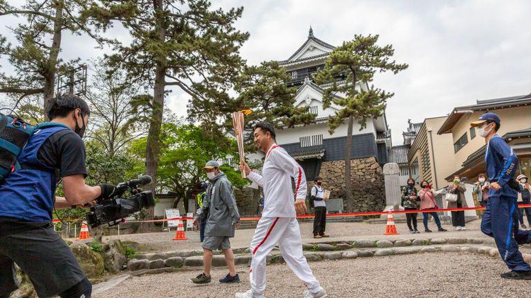 Отмениха етапа на щафетатас олимпийския огън в префектура Окинава заради COVID-19